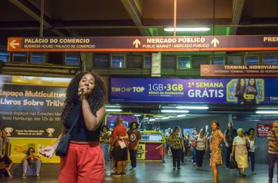 Estação Mercado Público do Trensurb recebe Flash Mob de Natal